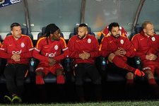 Galatasaray yedek kulübesinde kavga