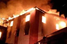 Adana Belediye Başkanı yangın sorusuna kızdı