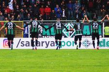 Sakaryaspor'dan polislere ziyaret
