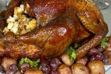 Yılbaşı yemekleri hindi dolması tarifi nasıl yapılır?