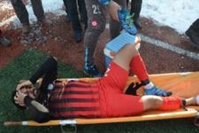 Sakatlanan futbolcu gözyaşlarına boğuldu