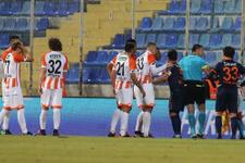 Başakşehir'in golünü önce verdi sonra iptal etti!