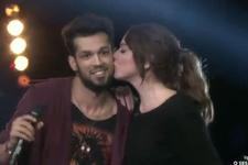 O Ses Türkiye'de Hadise'nin öpücüğü olay oldu!