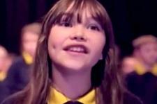 Otizmli kızın söylediği şarkı izlenme rekorları kırdı
