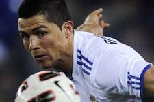Futbol tarihine geçecek teklifi elinin tersiyle itti