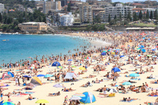 Avustralya'da polis alkol yasağını böyle uyguladı