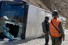 Takım otobüsü devrildi! Korkutan kaza