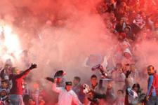 Trabzonspor taraftarı TFF binasına saldırdı