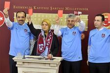 Milletvekilleri de TFF ve MHK'ya kırmızı kart gösterdi