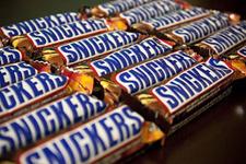 Snickers çikolatadan bakın ne çıktı toplatılıyor!