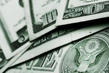 Dolar TL kuru düşüşte dolar ne olur korkutan yorum!