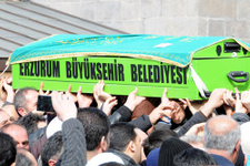 Mehmet Kırkıncı'yı Erzurum'da 20 bin kişi uğurladı