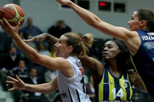 Fenerbahçe Beşiktaş'ı deplasmanda yendi