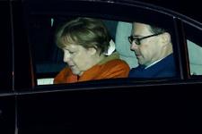 Angela Merkel mülteciler için yine Türkiye'de!