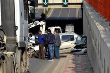 Bakan Yılmaz'ın konvoyunda korkunç kaza
