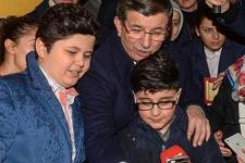 Babana söyle Ahmet Amcam...