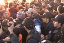 Ankara eylemine müdahale! Taksim karıştı!