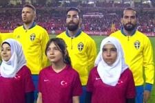 Türkiye İsveç maçı seramonisinde Erkan Zengin sürprizi!