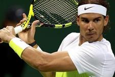 Rafael Nadal'ı güneş çarptı
