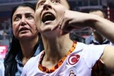 Galatasaraylı voleybolcuyu ağlatan küfür!