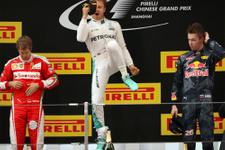 Nico Rosberg zirveye ambargo koydu