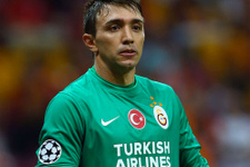 Galatasaray Muslera'nın alternatifini buldu