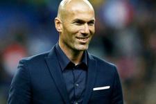 Zinedine Zidane'a pantolon dayanmıyor!