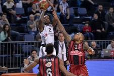 Beşiktaş Muratbey Uşak'a geçit vermedi