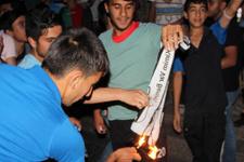 Diyarbekirspor taraftarı Beşiktaş bayrağı yaktı