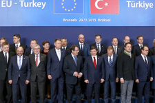 FT'den olay Türkiye yazısı AB'den terör ve siyaset baskısı!