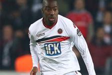 Bursaspor Djalma Campos transferini bitiriyor