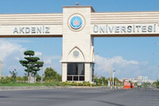 Akdeniz Üniversitesi'nde yolsuzluk operasyonu!