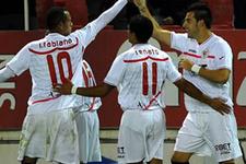 Sevilla 3. kez finale yükseldi