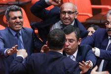 Sinirler gerildi Meclis'te yumruklar konuştu
