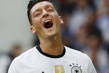 Mesut Özil Almanya tarihine geçti!