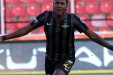 Hugo Rodallega transferi yattı