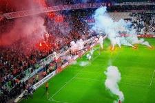 Galatasaray taraftarı dev finali tehlikeye soktu