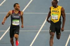 Usain Bolt rakibiyle şakalaşarak finale yükseldi