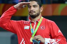 Taha Akgül'ün altını Türkiye'ye basamak atlattı