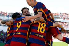 Barcelona Paco Alcacer'i kadrosuna kattı