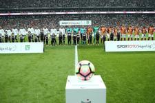 Beşiktaş taraftarı kapıları kırdı 15 gözaltı