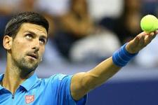 Novak Djokovic iki maçla yarı finalde