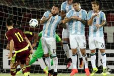 Messi'siz Arjantin Venezuela'ya takıldı