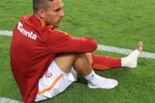 Lukas Podolski kendi başını yaktı!