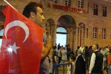 Darbe söylentisi Konya'yı sokağa döktü