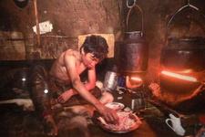 Eksi 50 derecede yaşıyorlar yerli halk yok oluyor