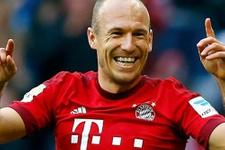 Bayern Münih Arjen Robben'i resmen açıkladı