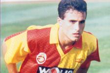 Galatasaray'ın efsanesi 42 yaşında sahalara geri döndü