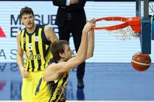 Fenerbahçe evinde kazanmasını bildi