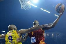 Galatasaray Maccabi'ye patladı!